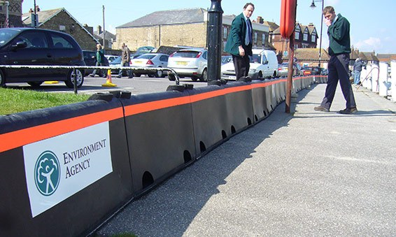 flood-defence-barrier-the-environment-agency